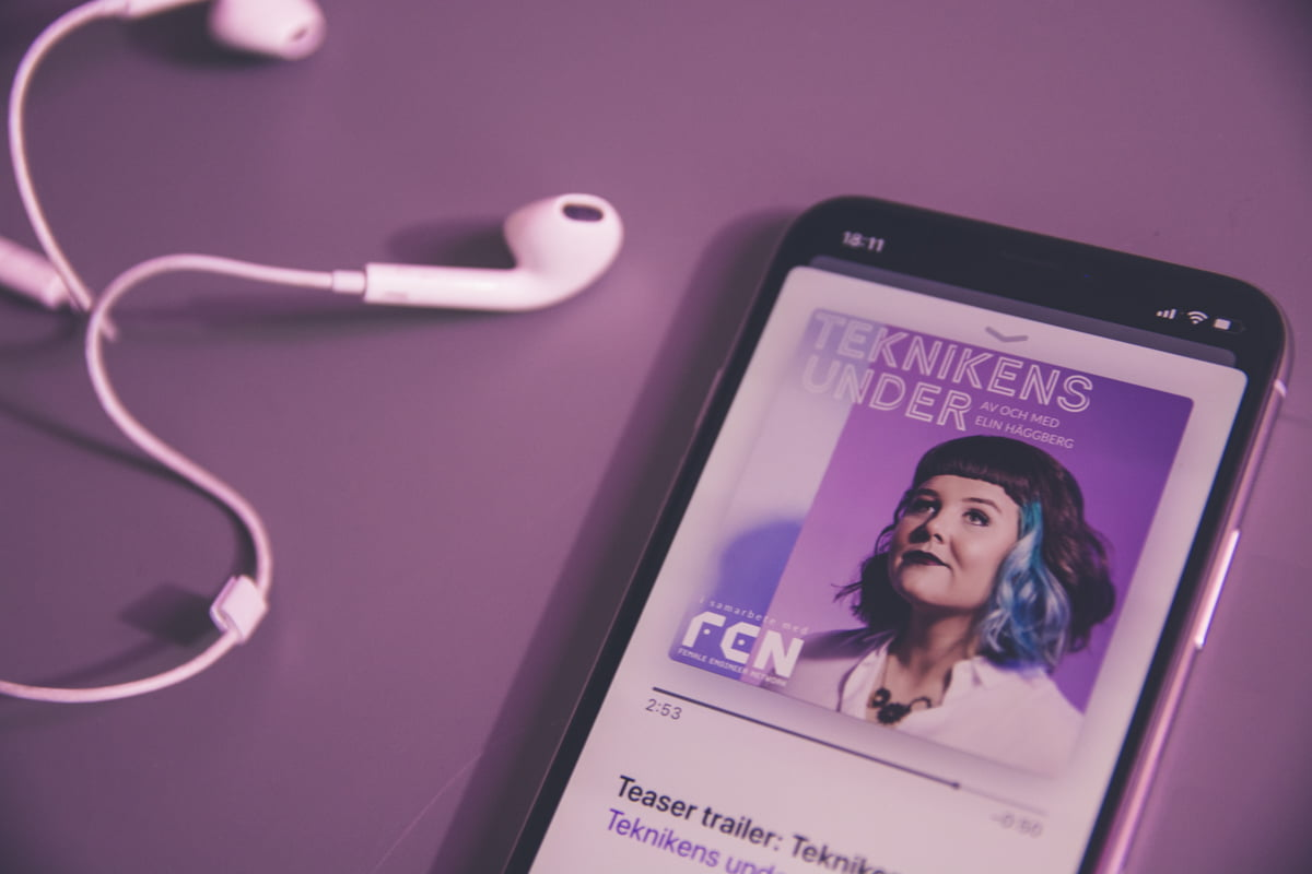 premiar-podcast-teknikens-under-2018-elin-haggberg-smartphone-generationen-3
