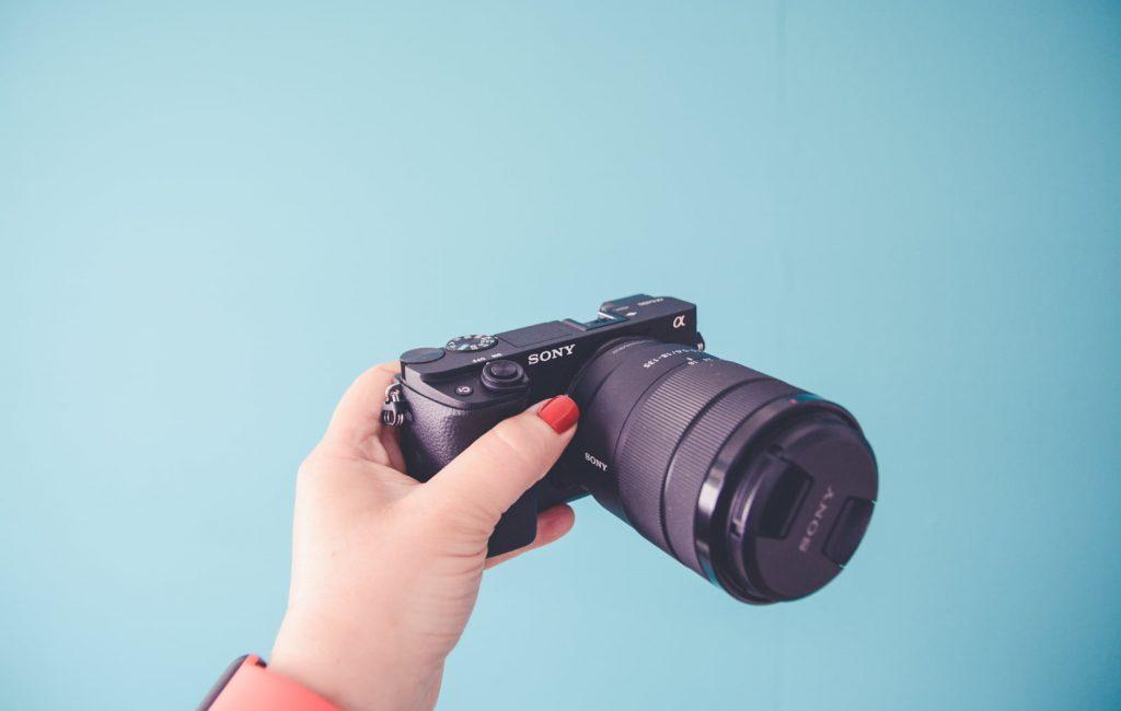 ny-kamera-youtube-sony-6400-3